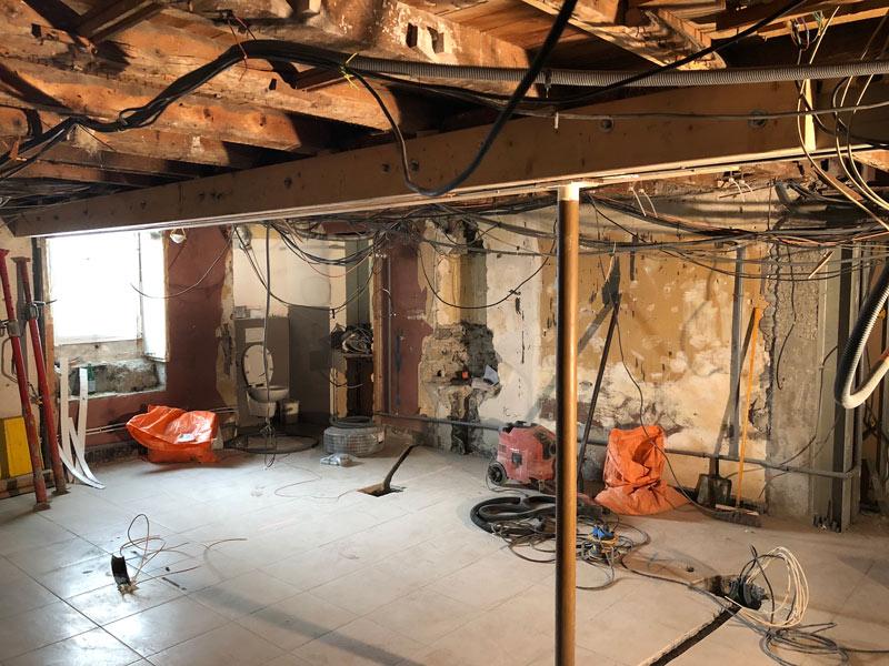 renovation-magasin-optique-avant